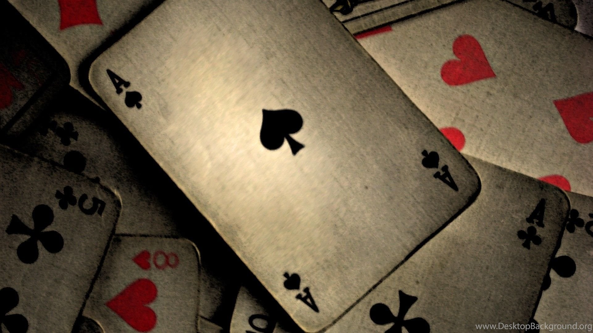Want A Thriving Enterprise? Focus On Online Casino!