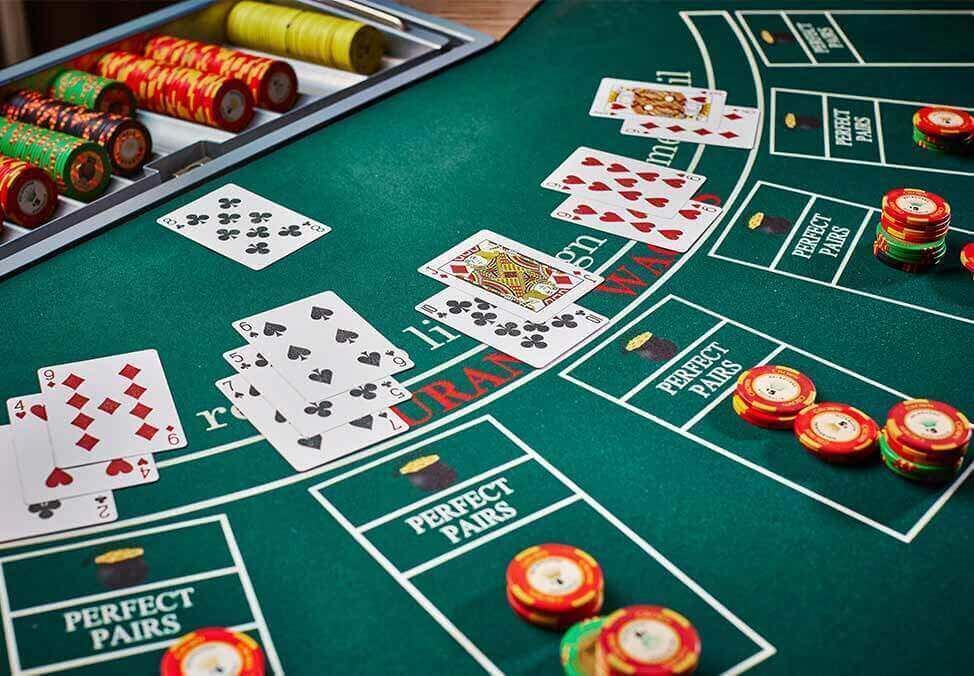 What Does Online Gambling Do?